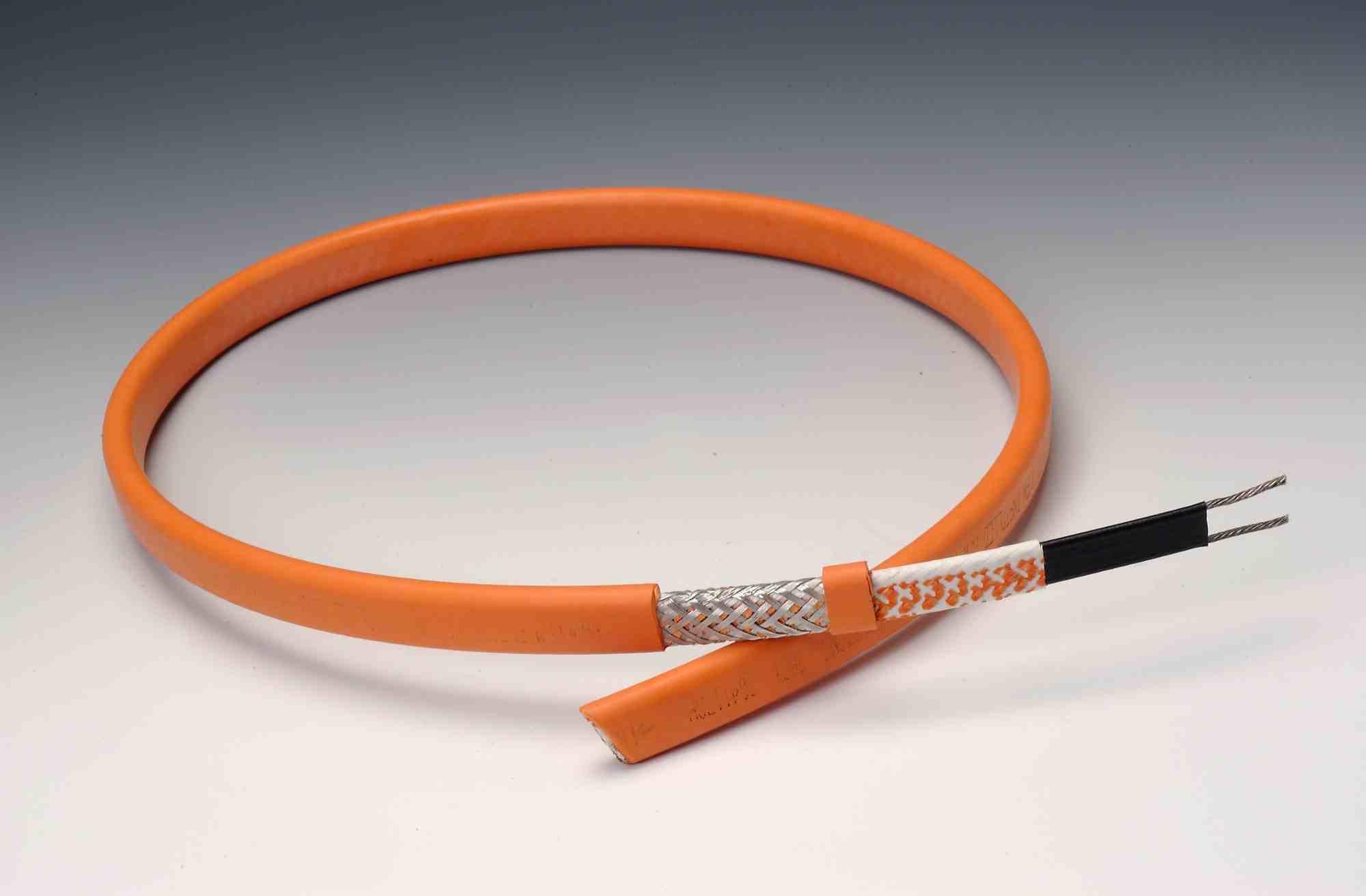 Как выбрать греющий кабель снаружи трубы, чтобы получить лучший результат